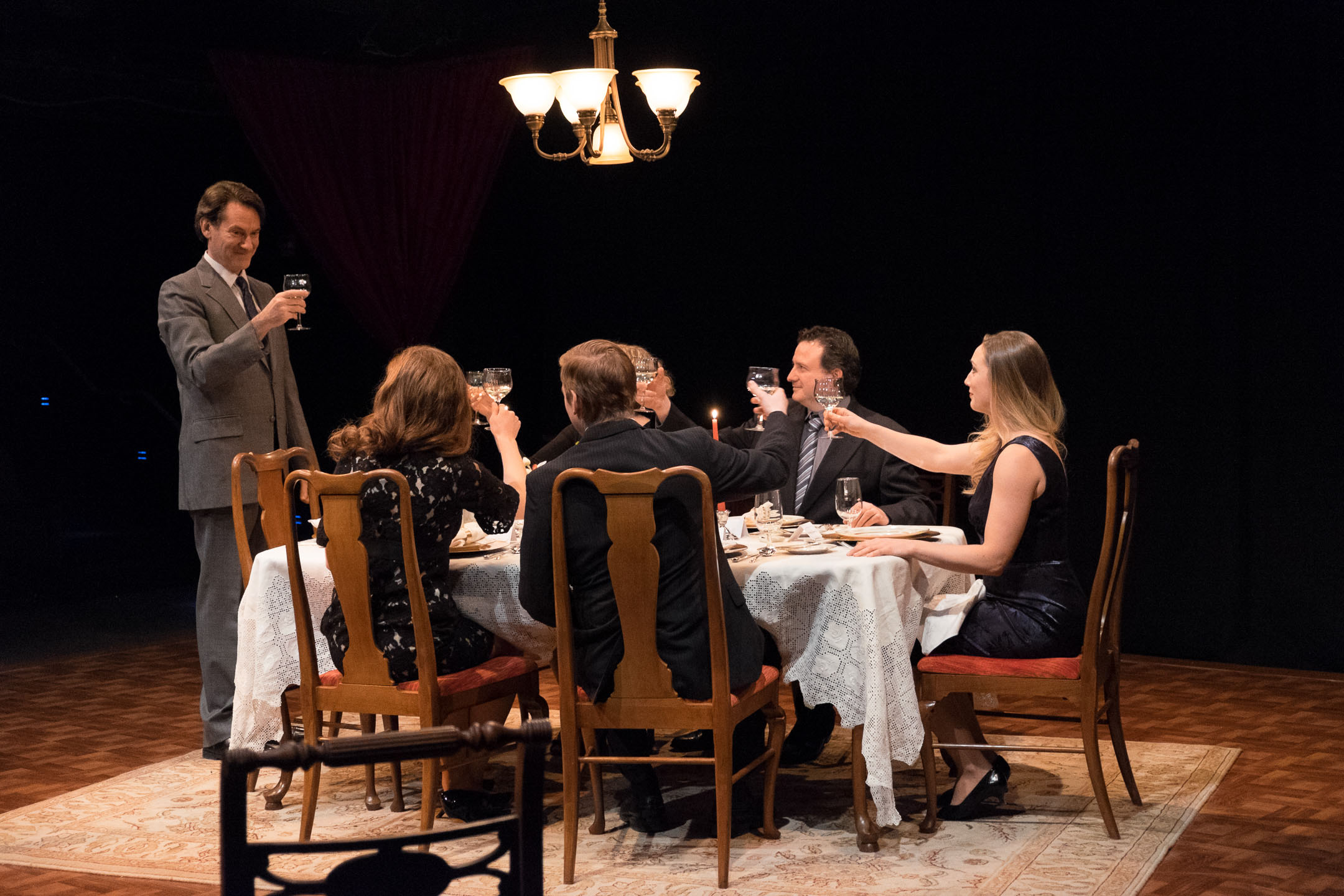 playhouse on park's 'dining room' does justice to fine play | two