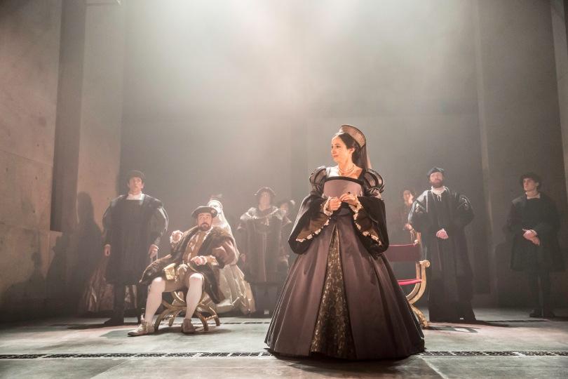 Lydia Leonard as Anne Boleyn and the company. Photo by Johan Persson