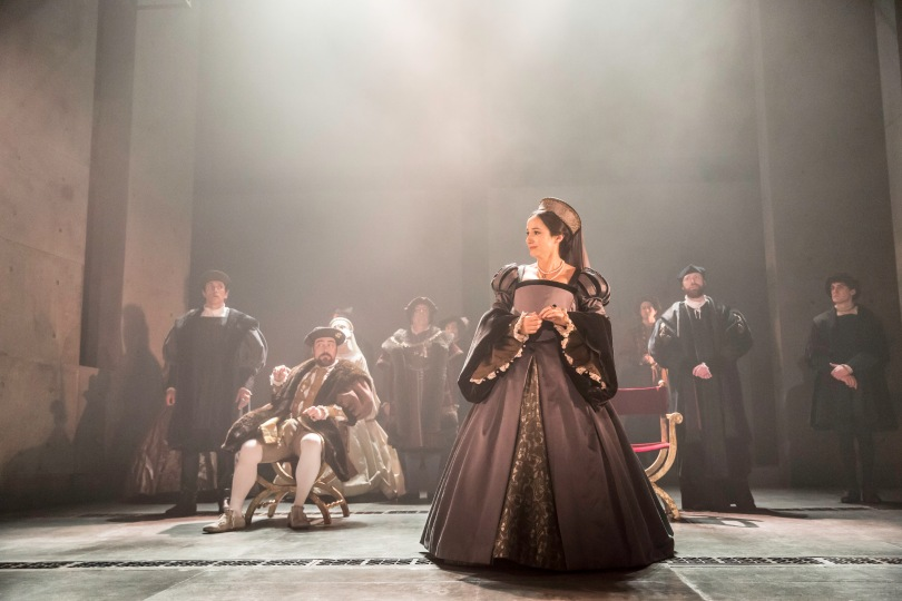 Lydia Leonard as Anne Boleyn and the company. Photo by Johan Persson