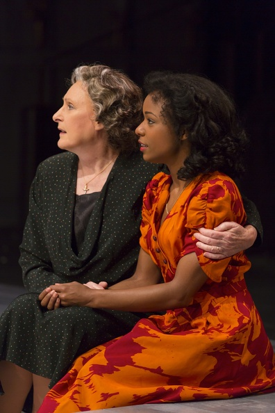 The nurse (Kandis Chappell) and Juliet (Kaliswa Brewster). Photo by T. Charles Erickson.